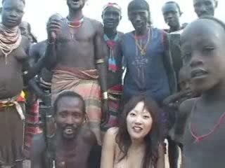 Afrikietiškas native šūdas japoniškas mergaitė video