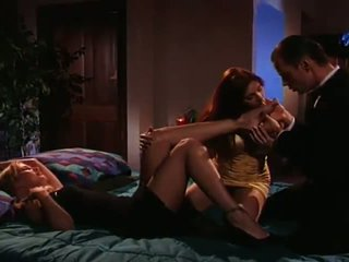 Dracula shaggs pair sensuous en geil vampier females