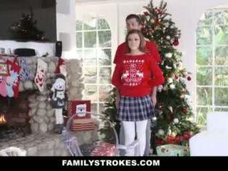Familystrokes - чукане мой step-sis по време на holiday коледа pics видео