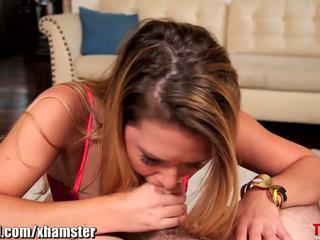 Abby ylittää throated