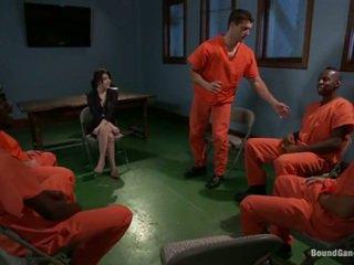 Tegan tate has band fabriqué amour par perverti prisoners