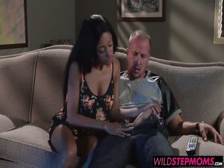 Codi Bryant walks in on Anya while shes giving him a blowjob