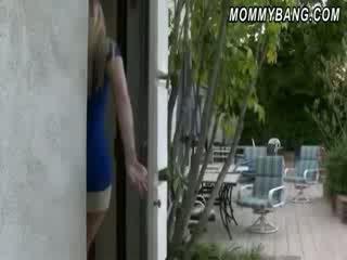 विशाल टिट्स हॉर्नी मोम karen fisher गड़बड़ द्वारा बेब कपल