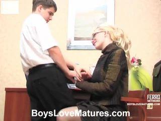 stari mladi sex, mature porn, young girl in action