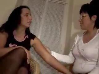 Mutter und tochter - lesbensex, bezmaksas mutter tochter porno video