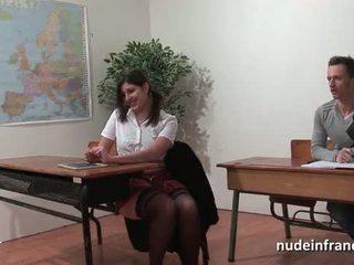 性感 法国人 arab 学生 屁股 性交 在 threeway 由 她的 classmates