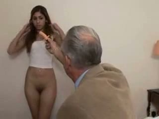 Grootvader fucks tiener meisje