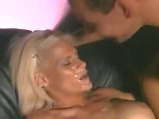 Wenig titty bang bang, kostenlos groß schwanz porno dc