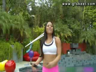 סקסי לטיני adrianna luna הוא מזוין על ידי שלה trainer