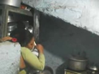 Επόμενος πόρτα ινδικό bhabhi σεξ