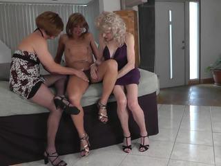 crossdresser, threesome, amateur