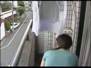 japonais, femme au foyer, trentenaire