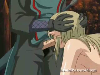 Winsome blondine anime temptress met groot borsten gets mond geneukt in de park