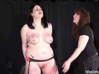 Brutálne lezbické bdsm a extrémne svižné na bbw