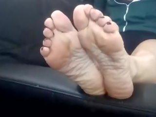 Maduros morena milf wrinkled soles, grátis porno 24