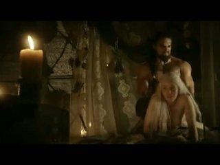 Emilia clarke doggy estilo sexo cena