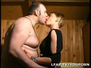 Amatrice บลอนด์ a la chatte poilue sodomisee par บุตรชาย mari