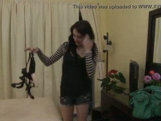 Lesbo amusement avec lily carter et aiden ashley
