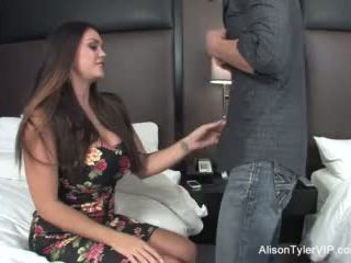 Alison tyler fucks hänen ystävä