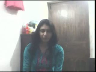 Bangla hogeschool meisje hooot spelen met boezem n rubbing haar schattig poesje