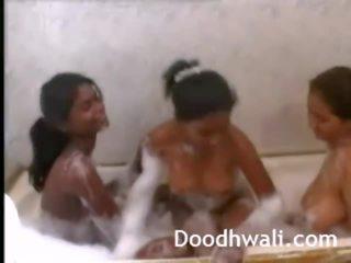 बड़ा टिट्स इंडियन लड़कियों शावर साथ साथ, पॉर्न b0