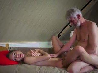 Régi és fiatal fasz: régi fasz fiatal porn videó 90