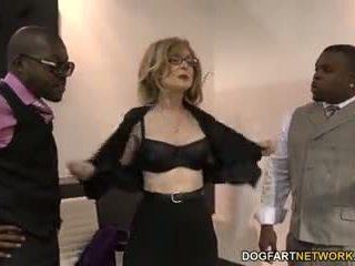 Nina hartley fucks μαύρος/η guys για votes
