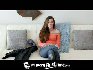 Virgin taking piemel - meer bij replayconvention.com