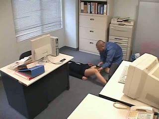 Diberi dadah dan used di pejabat video