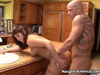 брюнетка, hardcore sex, хубав задник