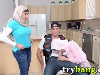 Arab mia khalifa & juliana vega madrastra 3way
