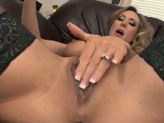 fresh cunt rated, vibrator, best pussy