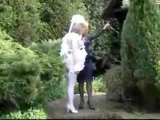 Mrs zīds - uk pavēlniece, bezmaksas pazemošana porno 01