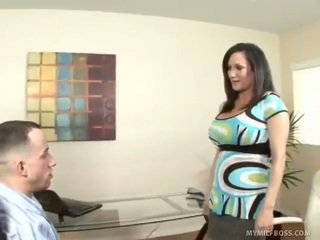 Milf stephanie wylde demands younger sexe
