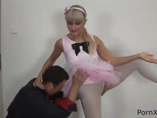 Freaky ballet dancer anita has 做 愛 wazoo 中 該 rehearsal