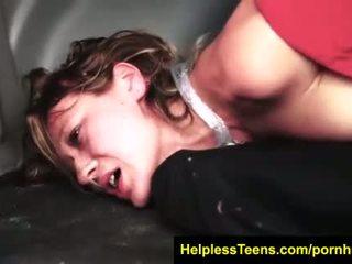Helplessteens.com callie calypso stranded endures ārā rope verdzība