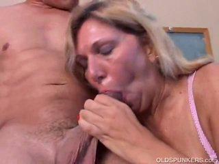 milf didelis porno, bg porno amatior milf, seksualus jaunas milf porno
