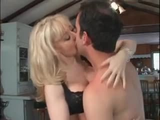 I love nina hartley