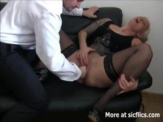 Brutaal fist neuken squirting orgasms