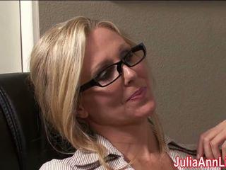 Milf julia ann dreams über lutschen schwanz, porno 3a