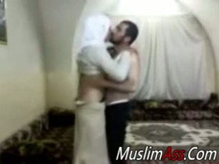 Hijab virgin seksi nokan