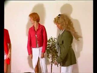 blondīnes, lesbietes, trijatā