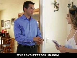 Mybabysittersclub - barnvakt eskortera körd sedan hired <span class=duration>- 10 min</span>
