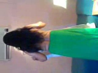 Gujarathi aunty removing saree en becomes naakt