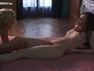 Anna bielska genevieve essesse - giulia, порно 50