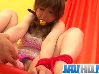 Miku airi amazes in pure aziatisch bondage porno tonen