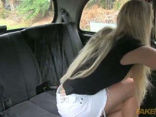Australien touriste gets en une fraud taxi