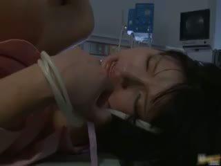 Asiatisch krankenschwester has sex im die krankenhaus part2