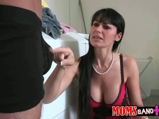 Eva karera и cassandra nix тройка