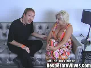 Pobehlica manželka claudia marie gets fucked podľa špinavé d a swallows jeho príťažlivé load na sperma